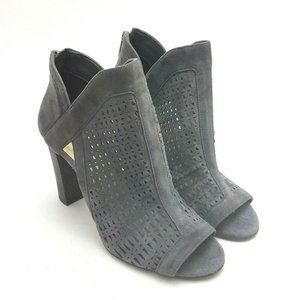Vince Camuto cranita Booties Womens Size 6.5 Gray